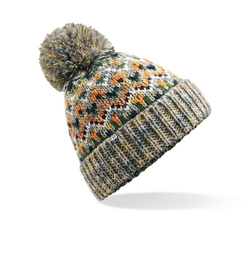 a2a5e70e66b45 Gorro de lana con pompon para hacer snow. No sabrás lo que es el frío