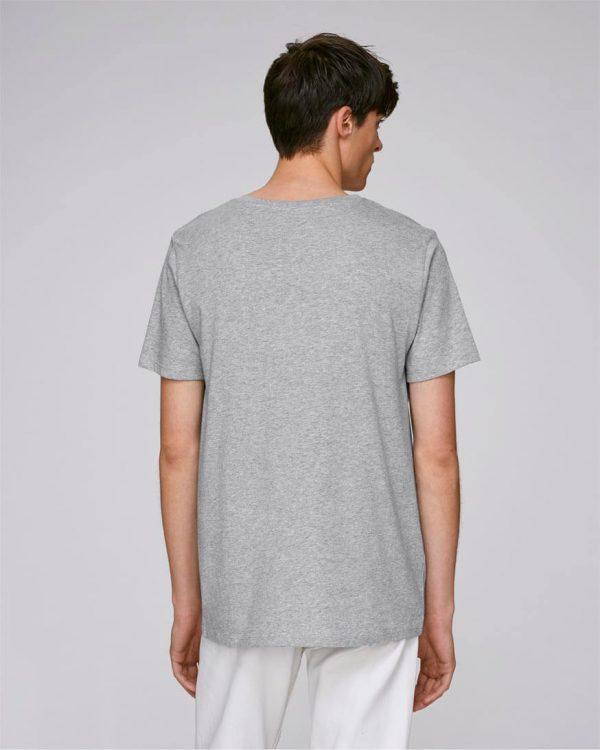 camiseta gris bolsillo hombre